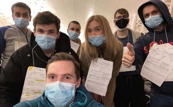 Češi, hospitalizovaní Na Bulovce kvůli koronaviru, jsou volní