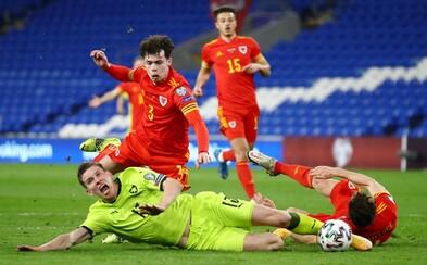Češi v desíti prohráli ve Walesu 1:0