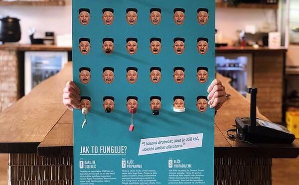Česká kavárna sbírá flash disky. Budou propašovány do KLDR s dokumenty bojujícími proti Kimově propagandě