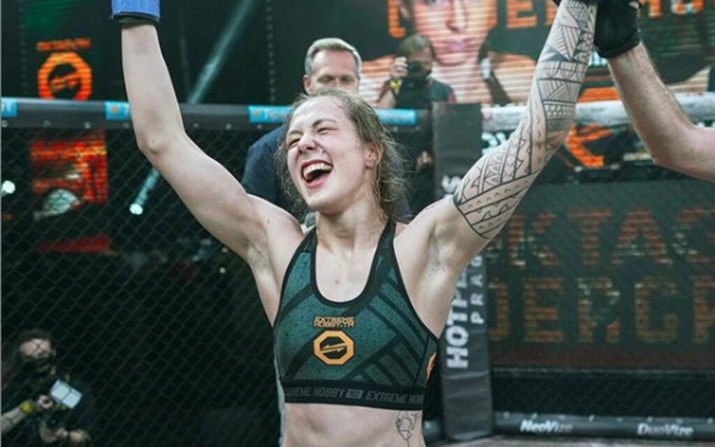 Česká Ronda Rousey porazila veteránku UFC Lucii Pudilovou! Epický turnaj Oktagon Underground 3 priniesol veľkolepé zápasy