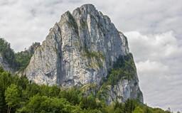 Češka se na túře v Rakousku zřítila ze 40 metrů. Pád nepřežila