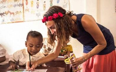 Češka stavia v Kambodži školy. Čelí kvôli tomu vyhrážkam, pomáhať ale hodlá aj naďalej (Rozhovor)