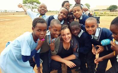 Češka strávila rok v africké Zambii, kde učila děti, cestovala a poznávala tamější kulturu a zvyky (Rozhovor)