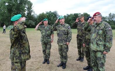 Česká vláda se dohodla, že kvůli koronaviru vypomůže na hranicích i armáda