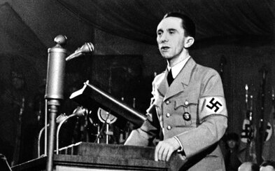 České nakladatelství prodává kalendář s portréty nacistů