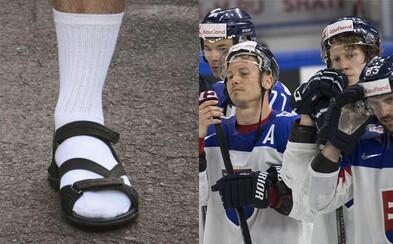 Českí policajti vracajú úder. Vysmievajú sa nám za výkony v hokeji po tom, čo sme Čecha automaticky obuli do ponožiek v sandáloch