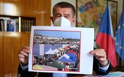 Česko čekají další přísnější restrikce. Pokud se nestane zázrak, přitvrdíme, říká Babiš