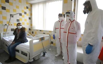 Česko hlásí 1 775 lidí nakažených koronavirem