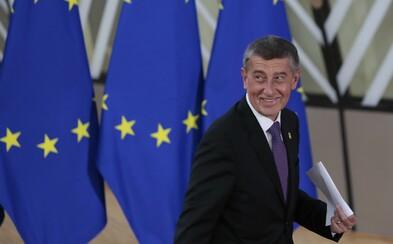 Česko přijme pacienty z Francie, budou v Brně, řekl Babiš. Počet mrtvých u nás stoupl na 67