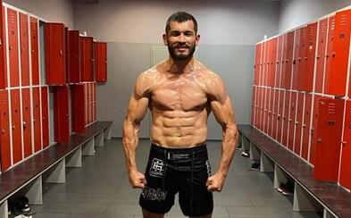 Česko-uzbecká hvězda UFC Makhmud Muradov má koronavirus. Očekávaný zápas v Las Vegas se ruší