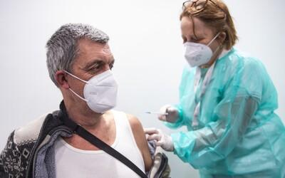 Česko v očkování proti koronaviru stále pokulhává za průměrem Evropské unie