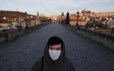 Česko zastavilo nekontrolované šíření viru. Život se má zase vracet k normálu, řekl Vojtěch