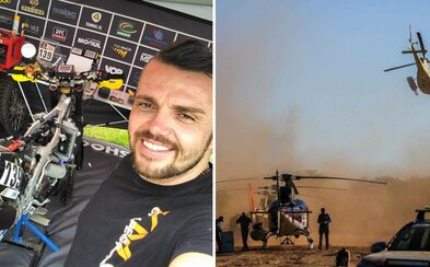 Český motorkár na Dakare zachránil konkurenta, ochránil ho pred slnkom a dal mu svoju vodu. Napokon havaroval a musel zo súťaže odstúpiť