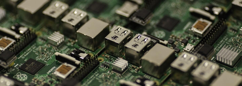 Čeští vědci vyvinuli revoluční mikročip. Data dokáže zapsat i tisíckrát rychleji než dosud používané  paměťové nosiče