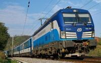 Cestující na trase Beroun - Praha se v polovině případů ani nedočkají příjezdu vlaku
