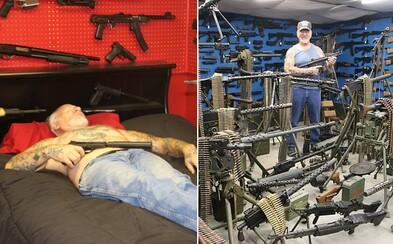 Cez 200 samopalov a 80 vojenských vozidiel. Zbierka za milióny dolárov robí z Mela najozbrojenejšieho muža, ktorý má zbrane aj vo vlastnej spálni