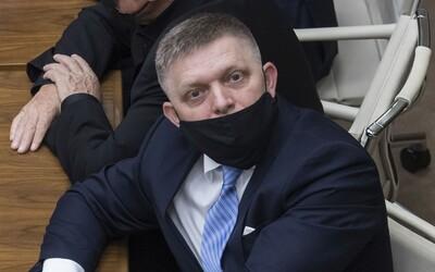 Fico chce referendum o predčasných voľbách. Na Slovensku sa podľa neho popierajú ľudské práva.