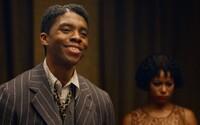 Chadwick Boseman vyhral Zlatý glóbus za najlepší mužský herecký výkon. Ocenenia ovládli filmy Nomadland, Minari, ale aj Borat