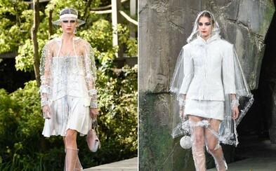 Chanel predstavil v najnovšej kolekcii sériu priehľadného oblečenia z plastu. Pršiplášte ešte nikdy neboli takéto uletené