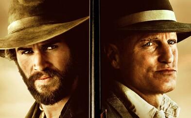 Charizmatický kazateľ Woody Harrelson bude v tajomnej westernovke pod drobnohľadom texaského rangera Liama Hemswortha