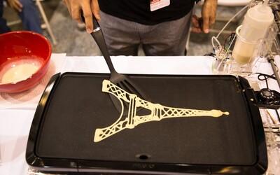 Chcete palačinky vlastních vzorů? Tahle tiskárna vám připraví snídani za pár minut