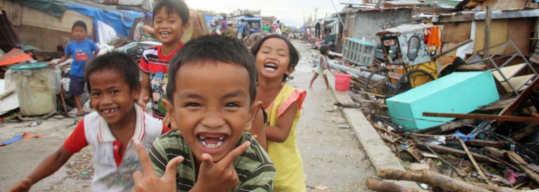 Chci pozitivně ovlivnit život alespoň miliardě lidí, říká dobrovolnice z Člověka v tísni. Jak vypadá život na zahraniční misi? (Rozhovor)
