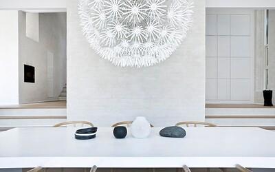 Chladná norská rezidence uspokojí všechny fanoušky minimalismu a neutrálních barev