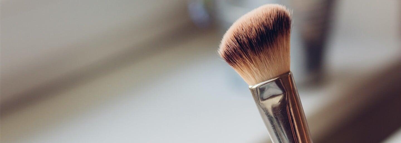 Muži viděli své přítelkyně poprvé bez makeupu. Jejich reakce tě možná překvapí