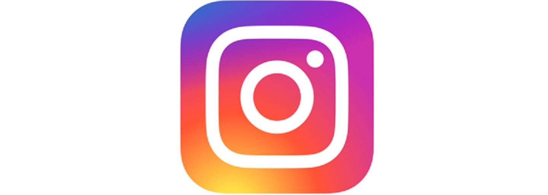 Chlpaté nechty či predĺžené nosné chĺpky. Toto sú najbizarnejšie trendy Instagramu za posledný rok