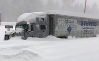 ČHMÚ: V celé republice platí výstraha před sněhem, náledím ale i vzestupem hladin řek