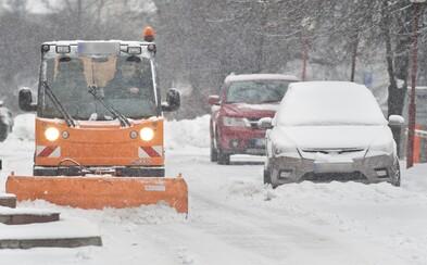 ČHMÚ: V těchto krajích může v úterý napadnout přes 7 centimetrů sněhu