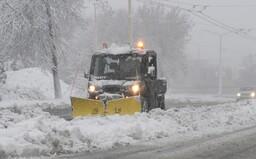 ČHMÚ varuje před dalšími přívaly sněhu. Na pátek vydal výstrahu v sedmi krajích