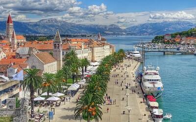 Chorvátsko nečakane sprísnilo podmienky na vstup: bez testu či očkovania na dovolenku zabudni