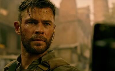 Chris Hemsworth je speciální agent zachraňující syna drogového barona. Zabít ho ale chce celé město