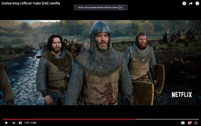 Chris Pine bojuje za nezávislosť Škótska s krvavým mečom. Historický epos Outlaw King mixuje Game of Thrones so Statočným srdcom