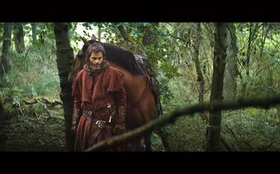 Chris Pine sa predstavuje ako škótsky kráľ Robert I. na prvom obrázku lákavého historického eposu Outlaw King