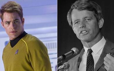Chris Pine si v pripravovanom biografickom seriáli zahrá Roberta F. Kennedyho, známeho politika a brata amerického prezidenta