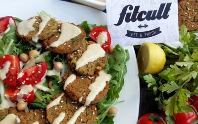Chutný falafel so skvelou tahini omáčkou ti padne vhod ako nízkokalorický obed či večera (Recept)