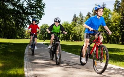 Chystáš sa na rodinný cyklovýlet? Čo všetko musíš mať pri sebe