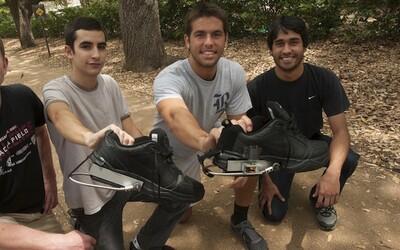 Chytré boty, které jsou schopné nabít tvůj telefon díky tomu, že chodíš