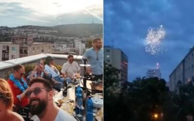 Cibulková si na streche apartmánu v Bratislave užívala zábavu s ohňostrojom. Susedia volali políciu