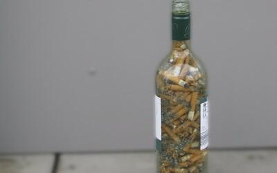 Cigaretka na dva ťahy a pár pohárikov k tomu. Obľúbená kombinácia, ktorá sa však nevypláca