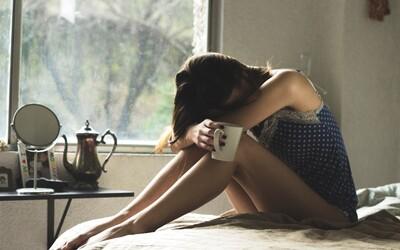 Čím víc randíme přes internet, tím jsme osamělejší a nejistější. BBC zjišťovalo, co způsobují seznamky