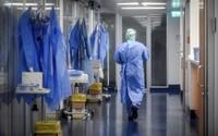 Čína už druhý deň po sebe neeviduje žiadneho domáceho nakazeného koronavírusom. Znižuje sa aj počet úmrtí v krajine