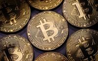 Čína zakázala transakce v kryptoměnách. Cena Bitcoinu začala obratem padat