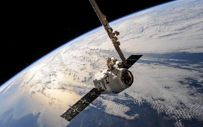 Čínská vesmírná stanice spadne na Zem už v sobotu. Vědci stále nedokáží určit, která místa zasáhne