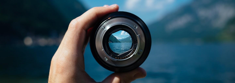 Čínské spojení fotoaparátu a mobilního telefonu zvládá objektivy od Canonu