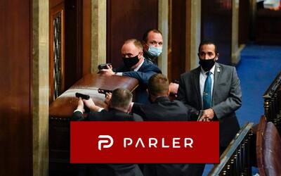 Čo je Parler? Sociálna sieť, kde chcú neonacisti vystrieľať Židov, popraviť viceprezidenta a vložiť všetku moc do rúk Trumpa
