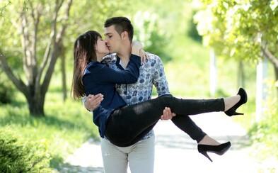 Co je to osudová láska a jak můžeš poznat partnera na celý život?