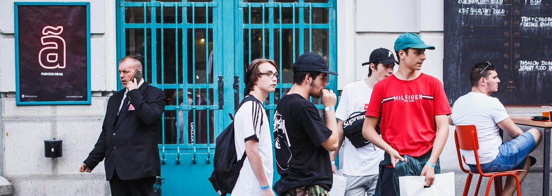 Čo mali oblečené návštevníci tohtoročného FASHION DEALã?